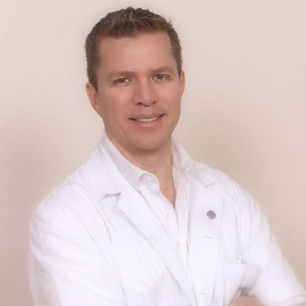 DR. DANIEL ESPINOZA